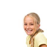 Blondes lachendes Mädchen, isoliert