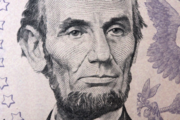 lincoln on the five dollar bill