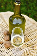 Déguster du vin jaune
