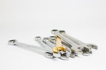 chrome wrenh