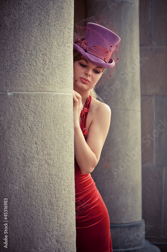 elegant woman with cylinder