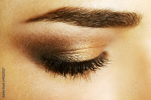 Beauty female eye Makeup. close-up