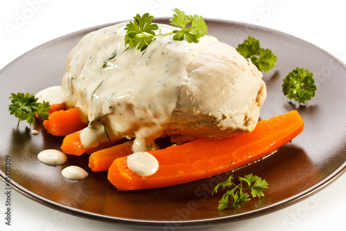 Boiled chicken breast and vegetables