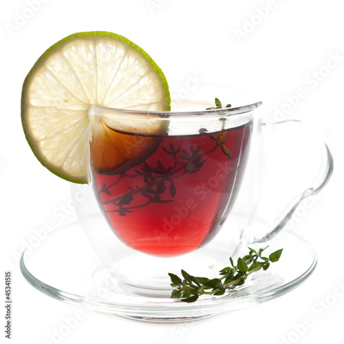 Tea with thyme and lime