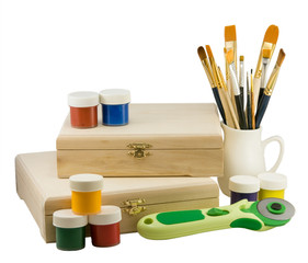 Tools and objects for decoupage