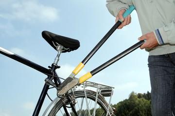 Fahrraddiebstahl mit Seitenschneider