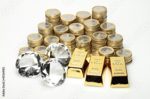 Gold, Diamanten und Euromünzen