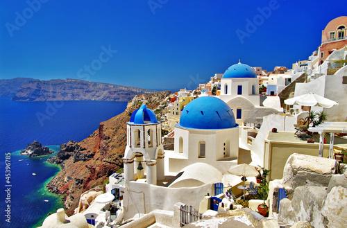 niesamowite biało-niebieskie Santorini