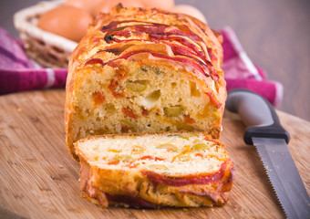 Bell pepper and olive loaf.
