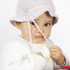 Bambina con il cappello