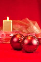 Bolas de Navidad con vela en vertical
