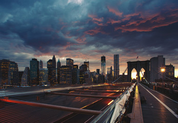 Panoramic shot of Manhattan skyline from the Brooklyn bridge