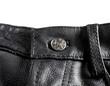 ceinture et fermeture de pantalon en cuir noir