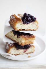Puff pastries with blueberries
