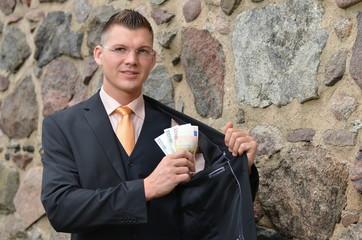 geld_einstecken_tw