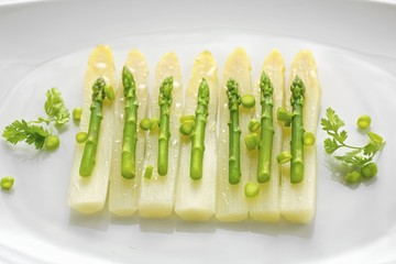 Asparagus salad with spring onions and chervil