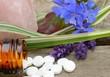 Schüsslersalze mit Kristall und Lavendel