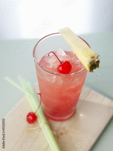 'Singapore Sling' with gin and cherry liqueur