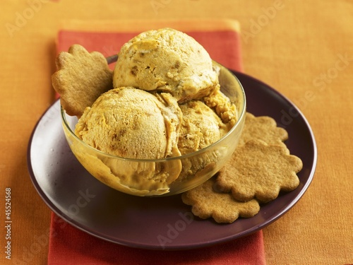 Bowl of Butterscotch Ice Cream with Sugar Cookies
