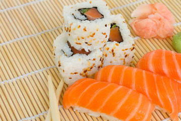 japaneese sushi and rolls