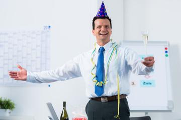 feierlicher anlass im büro