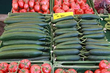 Gurken auf dem Markt