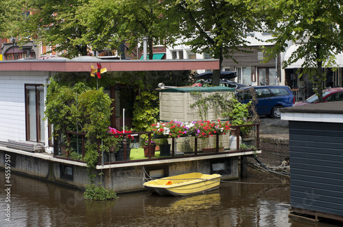 houseboat in canal