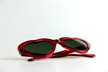 occhiali a forma di cuore