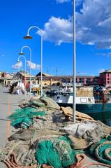 reti da pesca nel porto