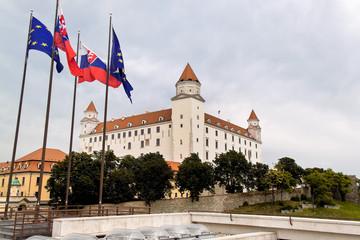 Slowakei, Bratislava: Burgberg mit Burg