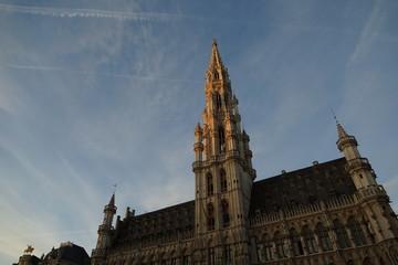 Brüsseler Spitzen, Querformat
