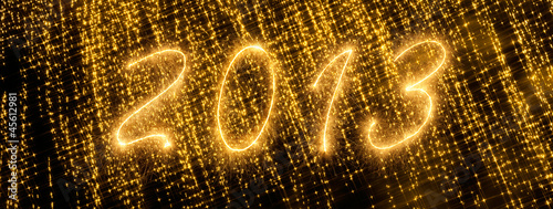 2013 written in sparkling letters on black background