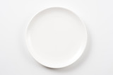 白色の皿のクローズアップ