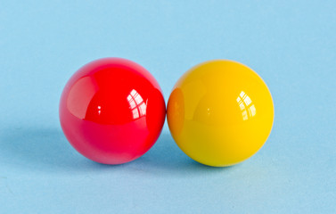 red and yellow billiards balls