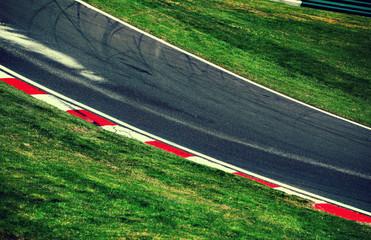 race track bend