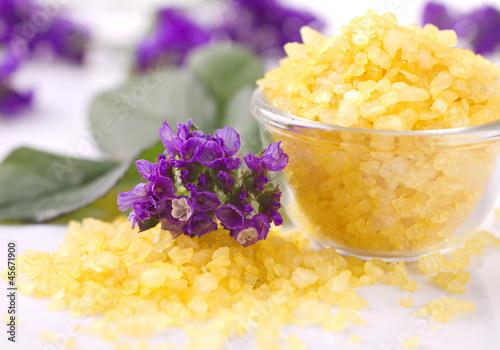 violetes and  bath salts