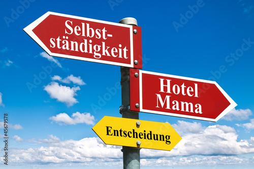 Selbständigkeit oder Hotel Mama