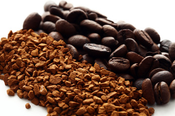 Ground and instant coffee