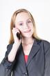 Mädchen telefoniert mit Freude