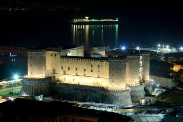 Maschio Angioino Napoli, notturno