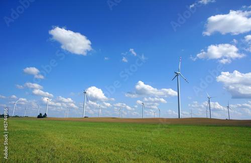 elektrownia wiatrowa - 45744986