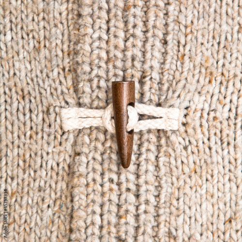Wooly jumper toggle