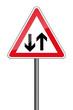 Warnschild RAL 3001 signalrot freigestellt - Gegenverkehr
