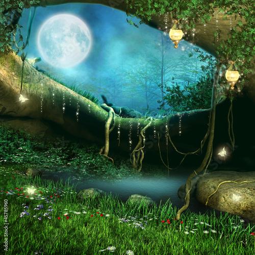 Zaczarowana jaskinia z łąką i stawem