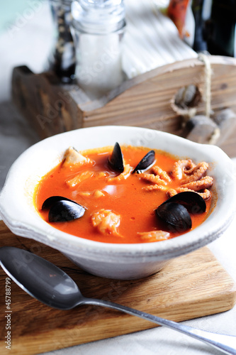 bouillabaisse, french fish soup