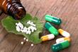 Homöopathische Globuli und Tabletten