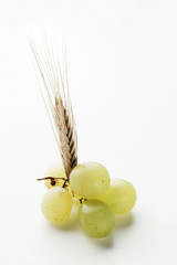 ear of wheat with grapes