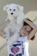 Fille 6 ans et son chien bichon maltais