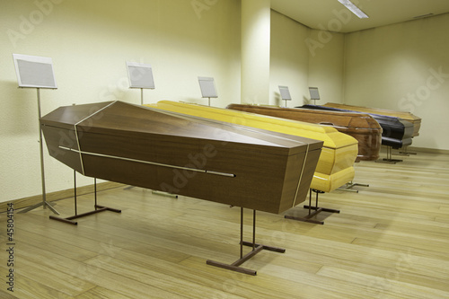Exposure of coffins