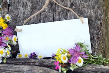 Blanko mit Blumen